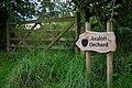 Glastonbury (15988484802).jpg