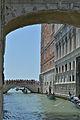 Gondole sul retro del Palazzo Ducale Venezia Ponte della Paglia.jpg