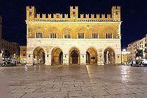 Gotico facciata-500.jpg