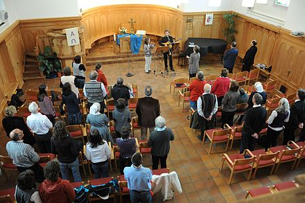 A contemporary Sunday service at a Protestant church Gottesdienst aktuell.JPG