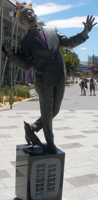 Graham Kennedy - Statue of Graham Kennedy at Waterfront City, Melbourne Docklands.