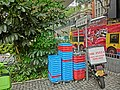 HK Mid-Levels Bonham Road sign n 鴨胛木 tree n shop Mr Pizza motobike carpark Apr-2013.JPG