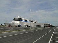 Hamburg Cruise Center Steinwerder 12.JPG
