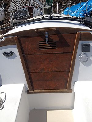 Companionway - Image: Hatchboards