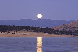 Hauser Lake Moon.jpg