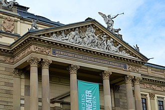 Hessisches Staatstheater Wiesbaden - Detail of the south facade