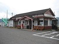 Higashidate Station 001.jpg