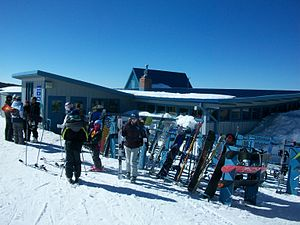 Hogadon Ski Area - Image: Hogadonlodge