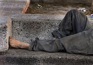 English: Homeless on bench, Hermosillo, Sonora...