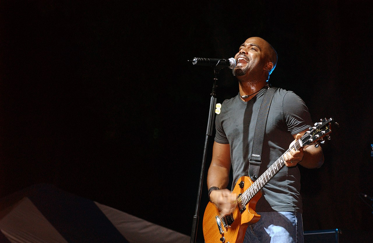 The Air Force >> File:Hootie and the Blowfish, 2004.JPEG - Wikimedia Commons