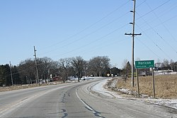 Looking west at the sign for Horicon on WIS 33