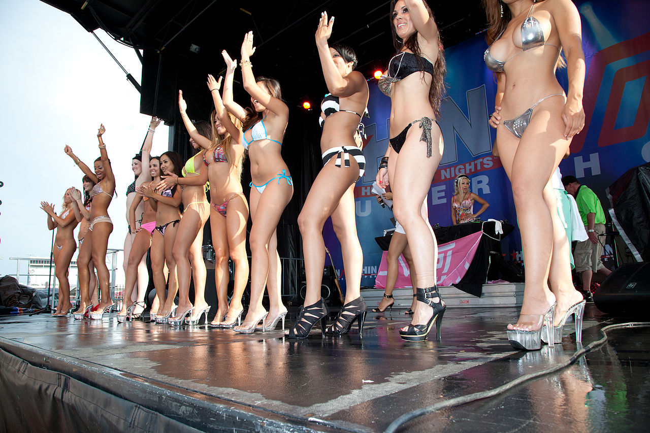 Bikini community contest type