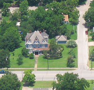 Navasota, Texas - The Sangster House (established 1902)