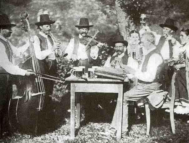 Hudci z Kunčic317