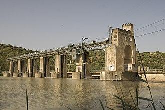 El Carpio - Dam and hydroelectric power plant El Salto, in El Carpio.