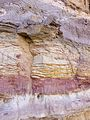 ISR-2013-Makhtesh Ramon-Sandstone color bands 02.jpg
