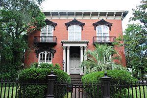 Mercer House (Savannah, Georgia) - Image: I Mercer House, Savannah, GA, USA (2)