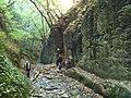 Insbesondere Familien mit kleineren Kindern erfreuen sich am leichten Klettern - panoramio.jpg