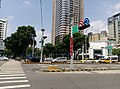 Intersection of Guanqian Road and Taiwan Boulevard 01.jpg
