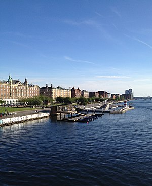 GoBoat - The GoBoat terminal at Islands Brygge as seen from Lange Bridge
