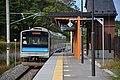 JRE 205 set M10 at Tona Station 2016-10-10 (30381629180).jpg