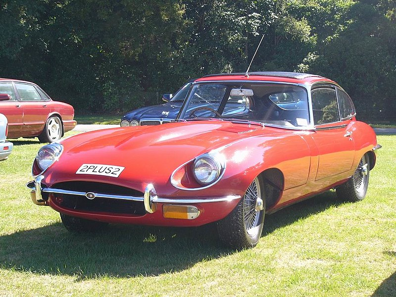 File:Jaguar 1967 E-Type 2 + 2 With Sunroof.jpg