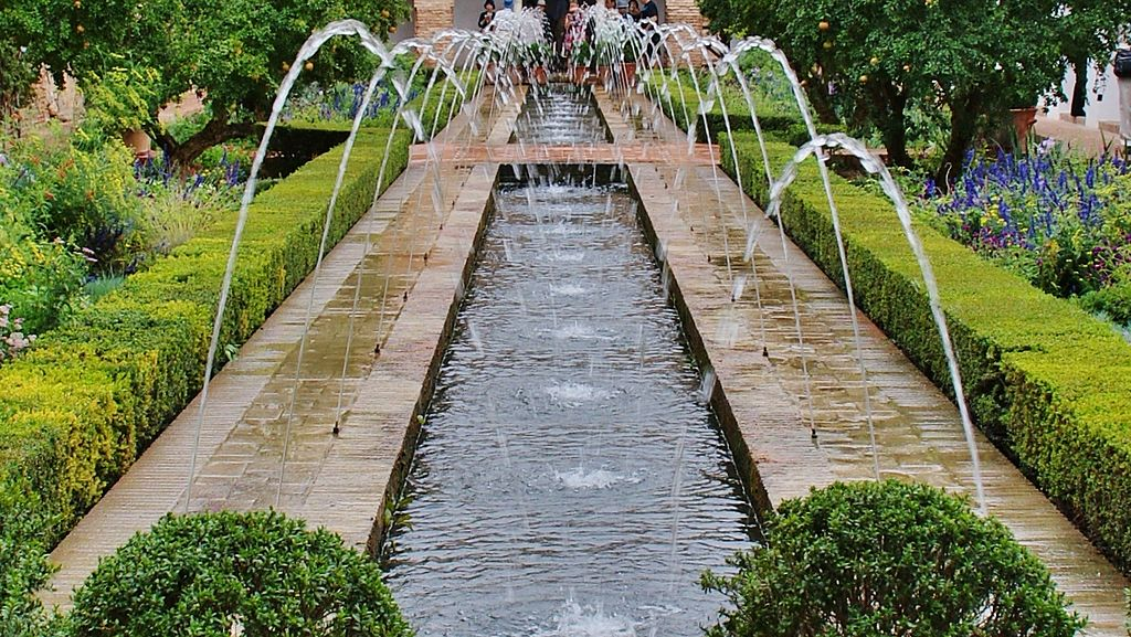10 jardines hist ricos de espa a naturaleza arte y for Jardines en cordoba capital