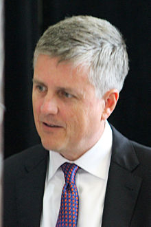 Jeff Luhnow at Union Station in August 2014.jpg