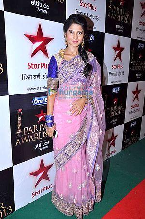 Jennifer Winget - Winget at 11th Star Parivaar Awards