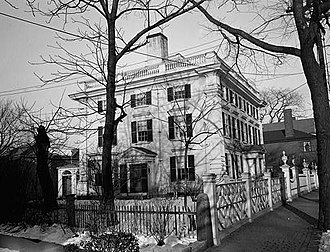 Peirce–Nichols House - View from the side (HABS photo, 1940)