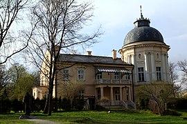 Jerzmanowscy Palace in Prokocim Krakow.jpg