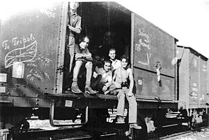Jewish Holocaust survivors return to Libya from Concentration Camp Bergen-Belsen 1945.jpg