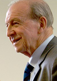 Jimmy Armfield, 2012 (cropped).jpg