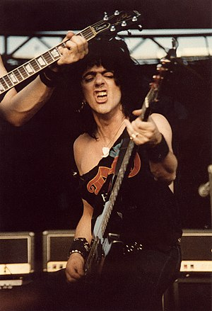 Jimmy Bain - Bain performing in August 1983