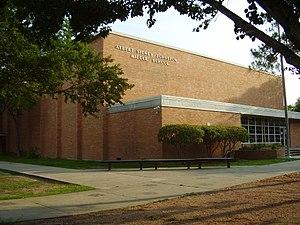 Meyerland, Houston - Johnston Middle School (now Meyerland Middle School)