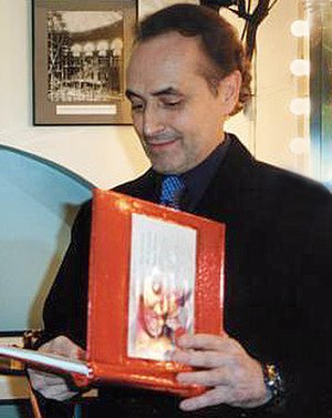 José Carreras - Carreras backstage at the Royal Albert Hall, December 2001