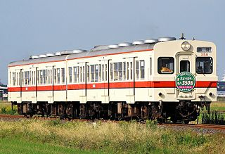 KiHa 35 Diesel multiple unit train type