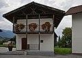 Kematen in Tirol, Kornkasten, Dorfplatz 2017.jpg