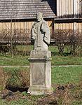 Krempna, cerkiew, otoczenie, figura św. Mikołaja.jpg