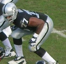Kwame Harris in 2008 with Raiders.JPG
