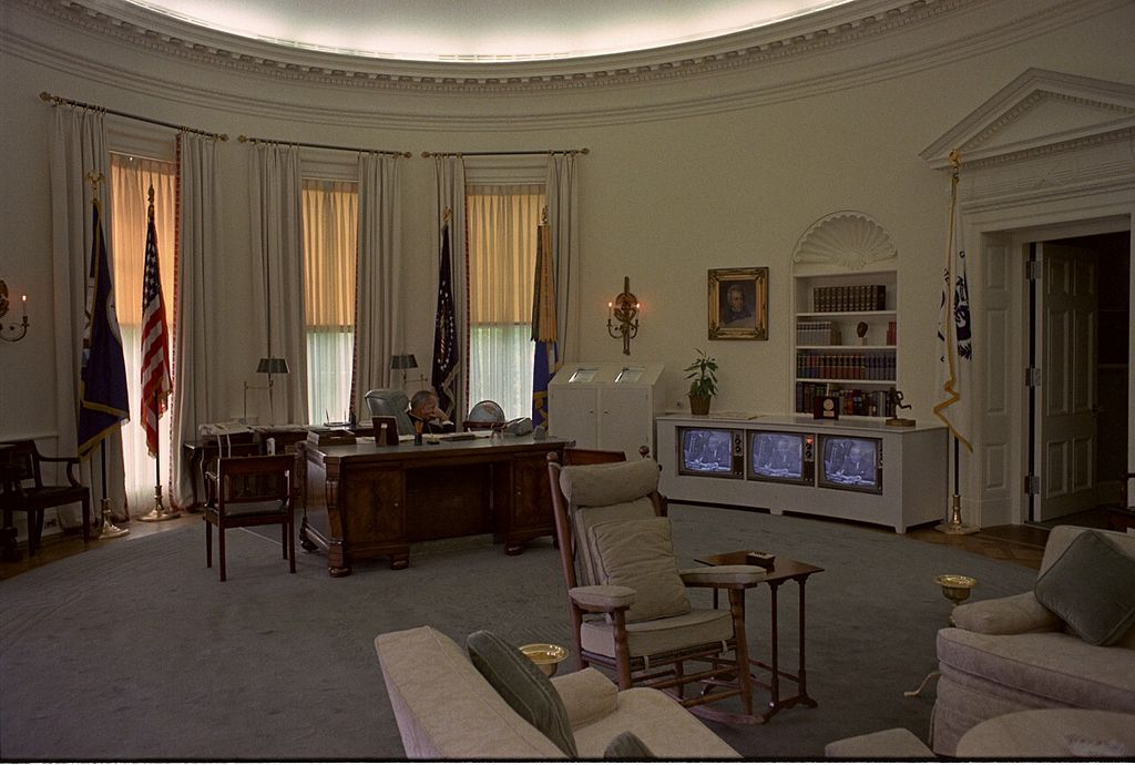 File LBJ Watching TV In The Oval Wikimedia