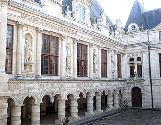 Hotel de Ville de La Rochelle avant l'incendie (Wikipedia)