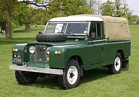 Land Rover LWB registered June 1967.JPG