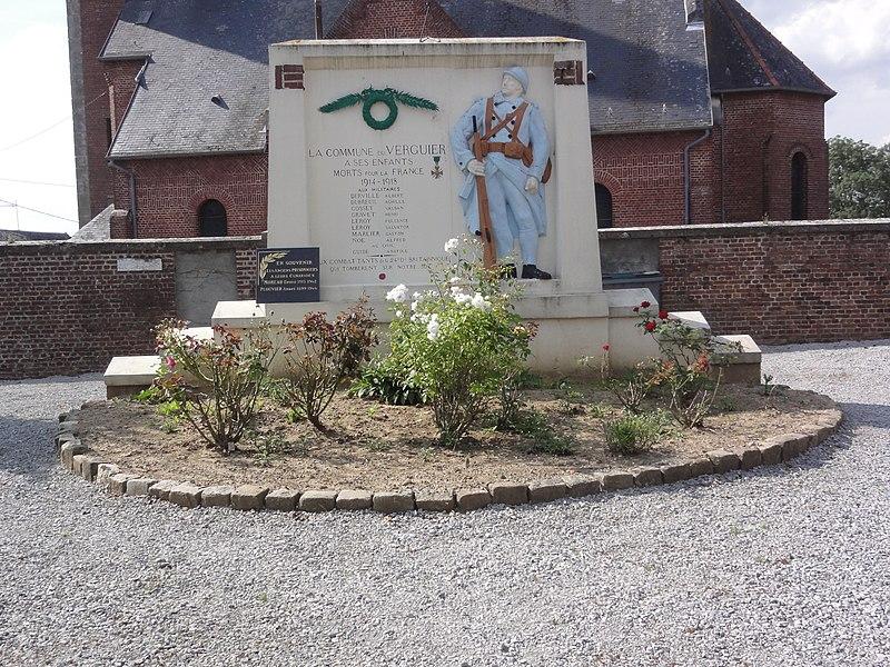 Le Verguier (Aisne) monument aux morts