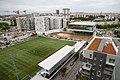 Le complexe sportif Léo-Lagrange et les bâtiments en construction dans les Hauts d'Asnières en 2019.jpg