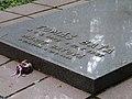 Lesní hřbitov (Zlín) 05, detail hrobu Tomáše Bati.jpg