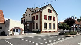 The town hall in Leutenheim