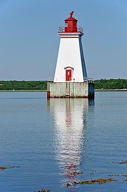 Lighthouse DGJ 3786 - Sandy Point Lighthouse (6047072625).jpg