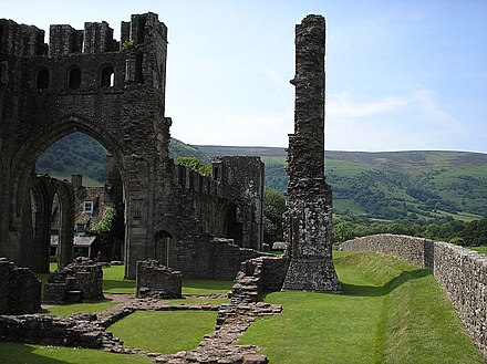 Llanthony--Landor's estate Llanthony.priory.JPG