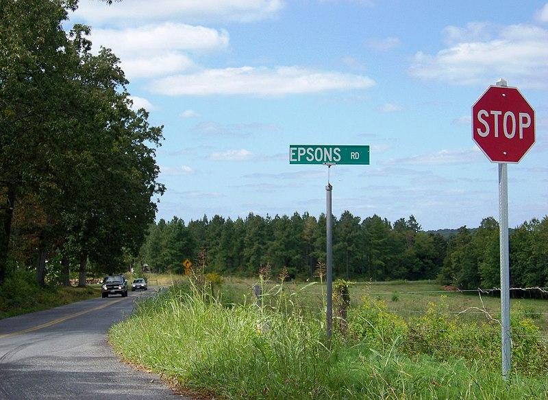 File:Long Island, VA, USA - panoramio.jpg